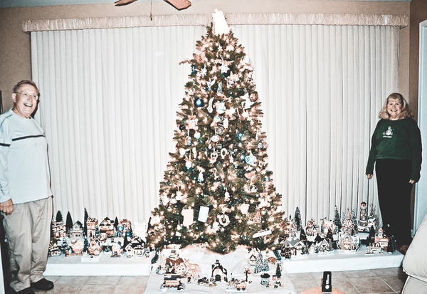 Christmas is more than bright lights and holiday cheer for the Richardsons, who extensively decorate their home for the season. It's a time for cherrished memories and a way to continually grow their merriment for life, loved ones, and family. (Photo by Christine Such/Sun Day)