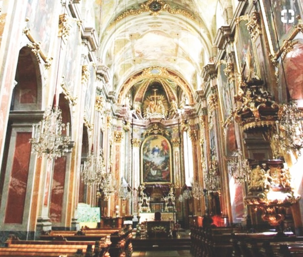 Maria Himmelfahrt Church.