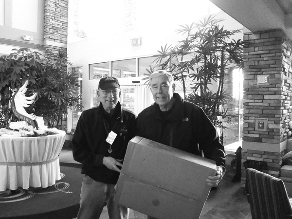 Pete Walton (club member) with Mike Zemko. one of the winners. (Photos provided)